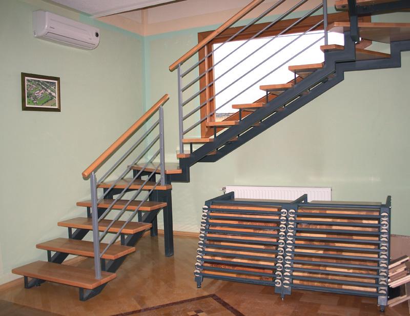 Ograde Za Stepenice Od Drveta http://bravarijapile.com/stubista.html